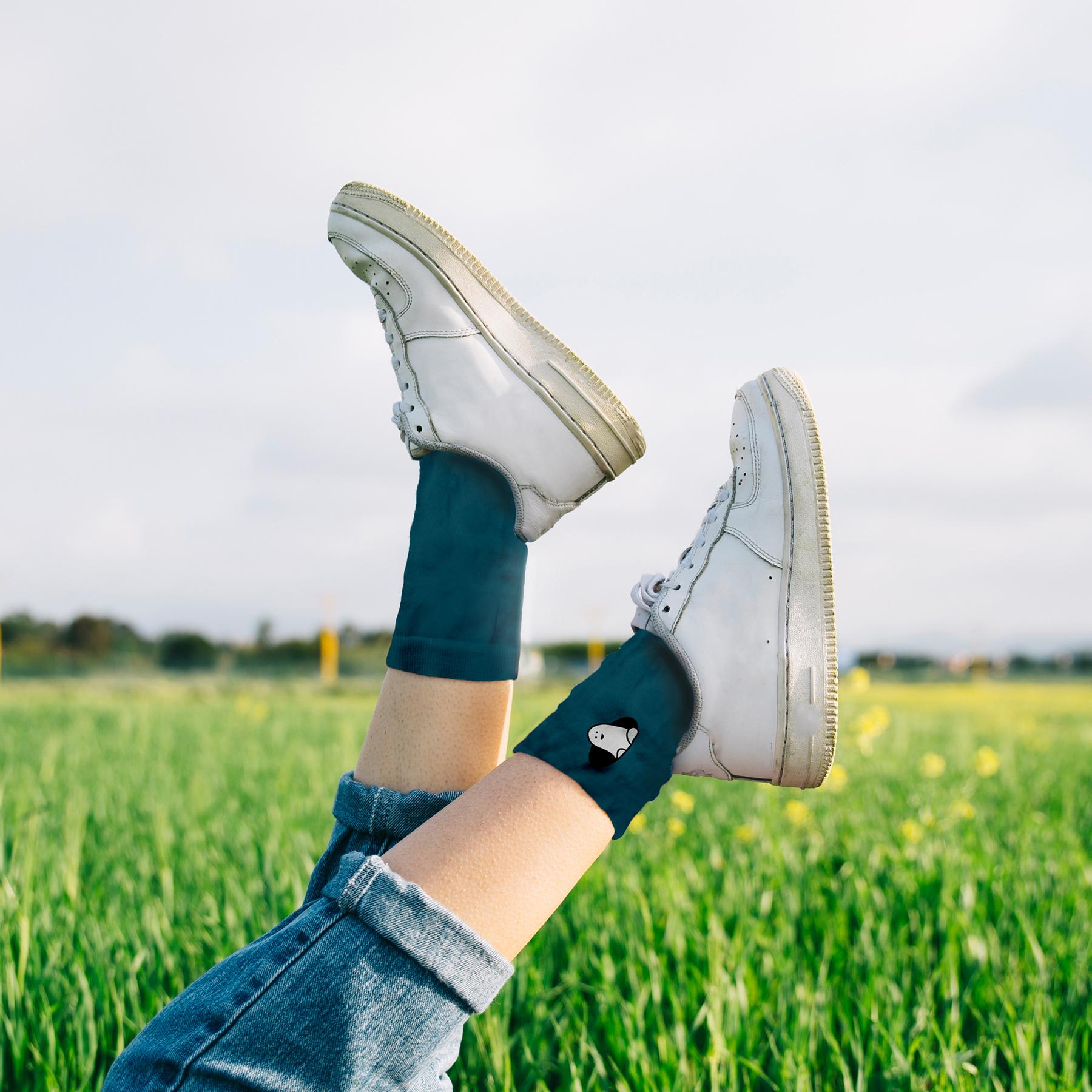socks on leg